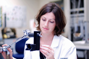 NeuRA researcher Dr Anna Hudson
