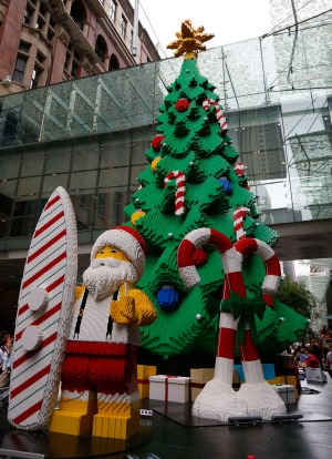 Christmas tree in Pitt St Mall, Sydney